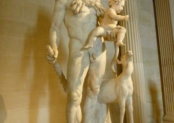 Louvre_smaller_P1020002