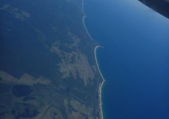 2011-Tasmania-transit-in-dash-8_P1000724
